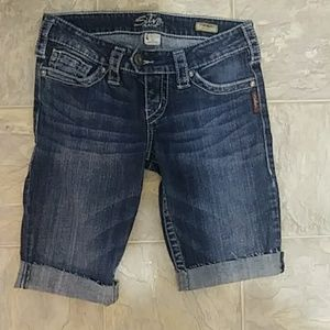 Silver Jeans Tuesday Bermuda shorts